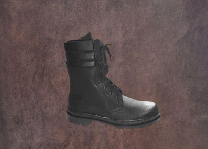 Schuhe Militär
