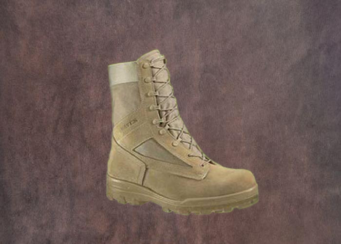 Schuhe Militär 07